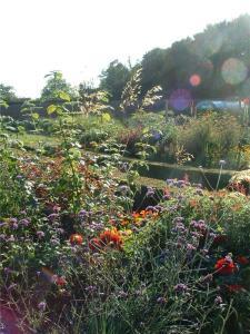 Heritage Gardening