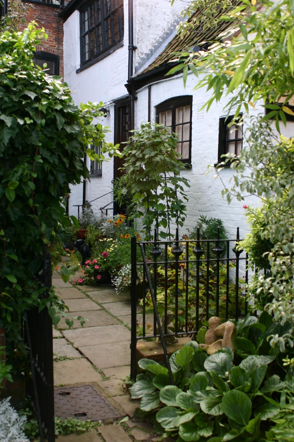 PicPost: Great Garden @ Elm Hill, Norwich