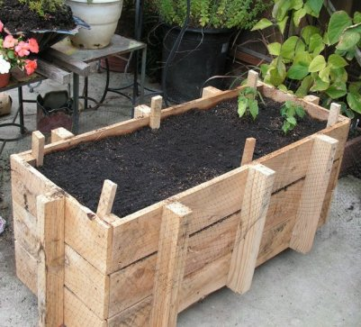 pallet-planter-box1