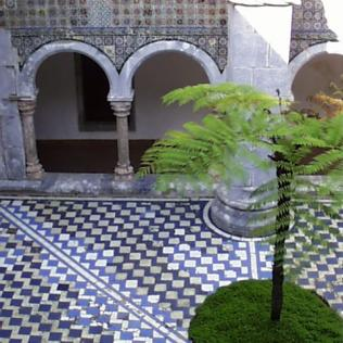 Azulejos in courtyard, Pena Palace