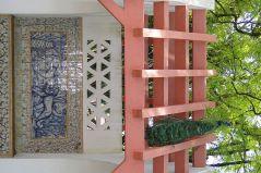 Garden_Facade_with_Peacock_-_Jardim_do_Ultramar_(Botanical_Gardens)_-_Belem_District_-_Lisbon,_Portugal_(4633090339)