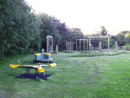 Oakes FF- older children play area