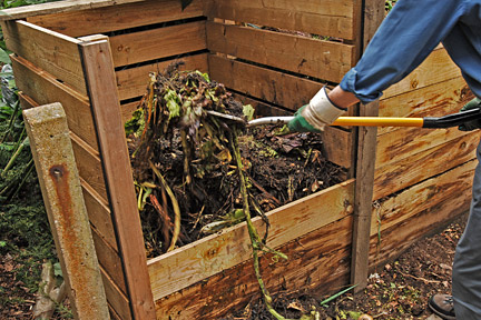 Compost bin - wooden with slatted, removable front for easy access