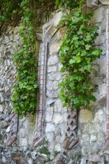 Ivy alcoves