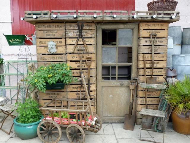 This amazing shed is made out of old fruit trays. you can see that they're from the 'Royal Fruit Farm' at Sandringham, Norfolk! (For those who don't know, Sandringham is one of the grand residences of the Brtish Royal family - about 30 miles away from  Old School Garden and a lovely landscape with some beautiful trees.