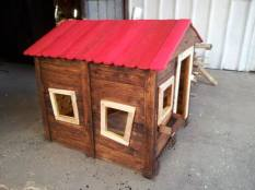 Tutorial to make a kid's hut from pallets http://bit.ly/1b2UfqP