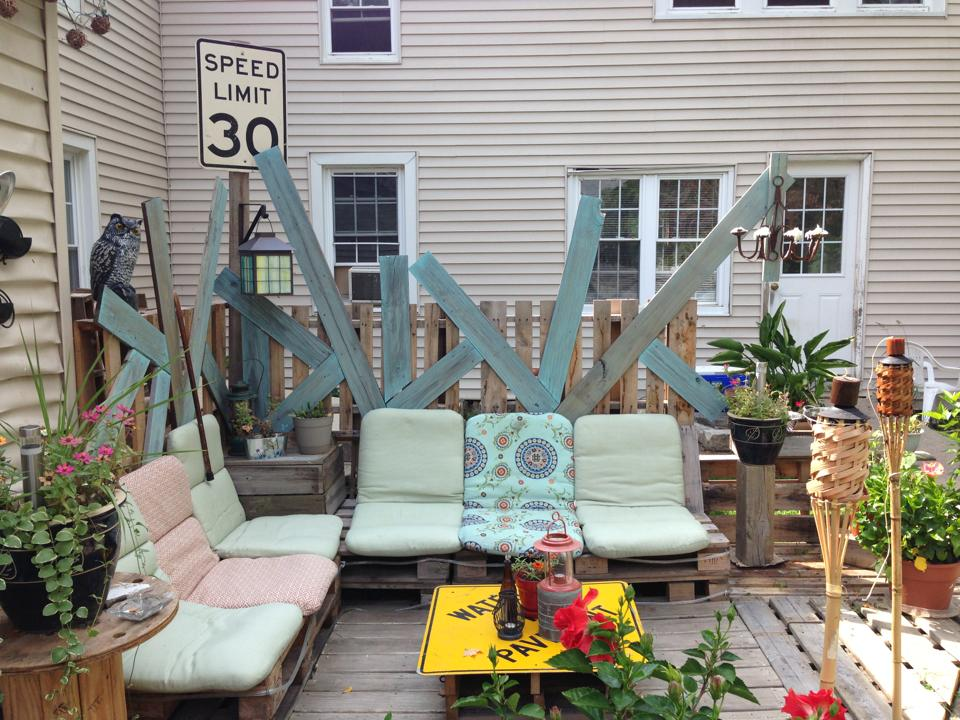 Recycling in the Garden- I can't stop collecting these ideas! (3/6)