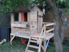 Cabin from pallets