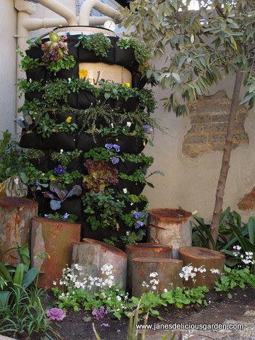 PicPost: Garden Wrap