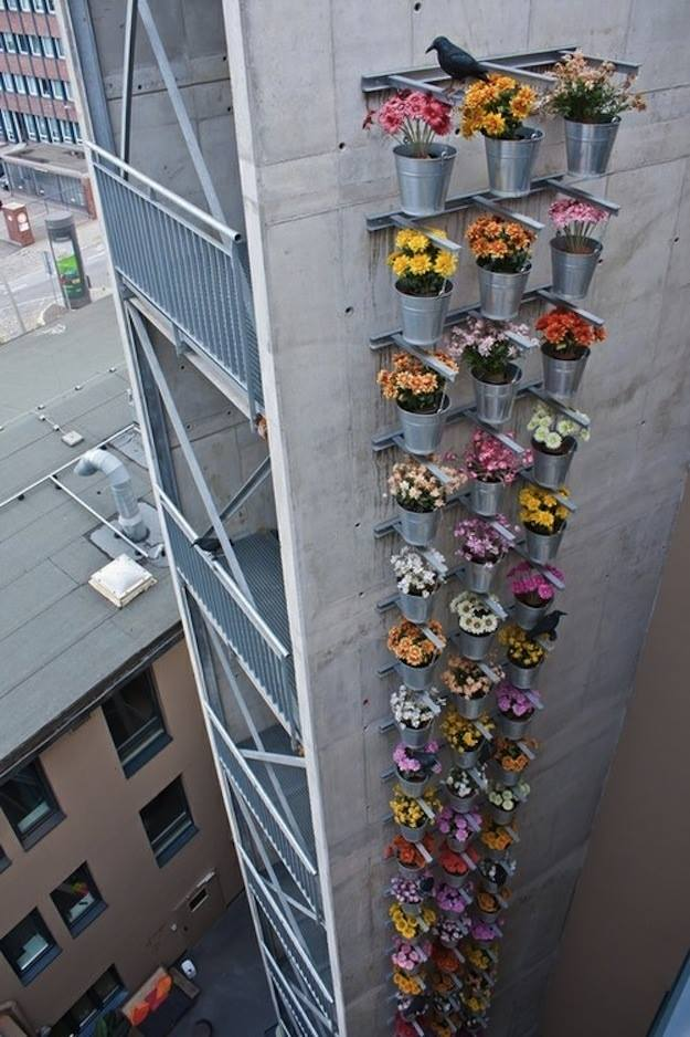 vertical garden via urban gdns