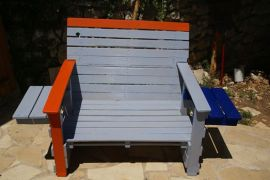 2 person pallet chair