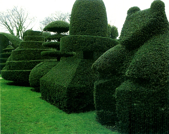 Beckley Park topiary garden, Oxfordshire