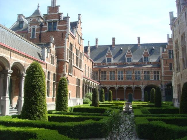 Topiary in a Flemish garden in Mechelen.