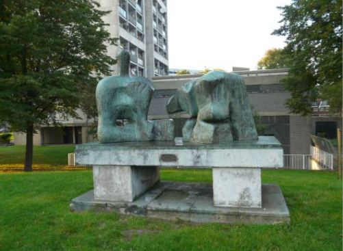 Henry Moore, Two-Piece Reclining figure No. 3, the Brandon Estate, Lambeth  © Steve Cadman and made available through a Creative Commons licence