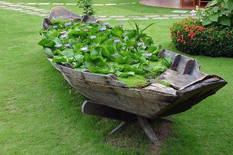 leeky boat