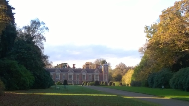 A virtually deserted garden at a sun-scanned Blickling..