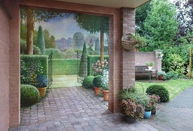 The ultimate in painted walls- extend your garden with a 'Tromp l'oeil'!